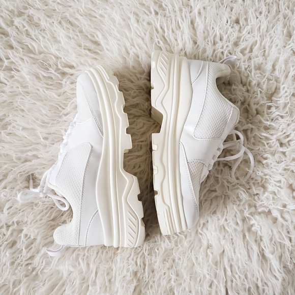 Hm 75 37 White Chunky Sneakers Daddy